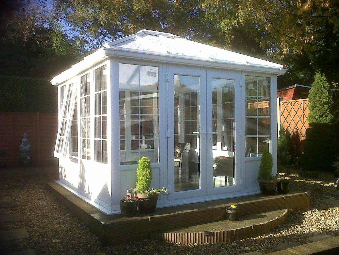 Diy garden buildings for Diy garden room