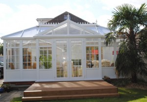 Gable end combination conservatory